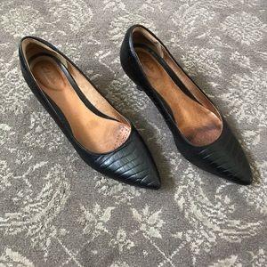 Clark Black kitten heels size 9